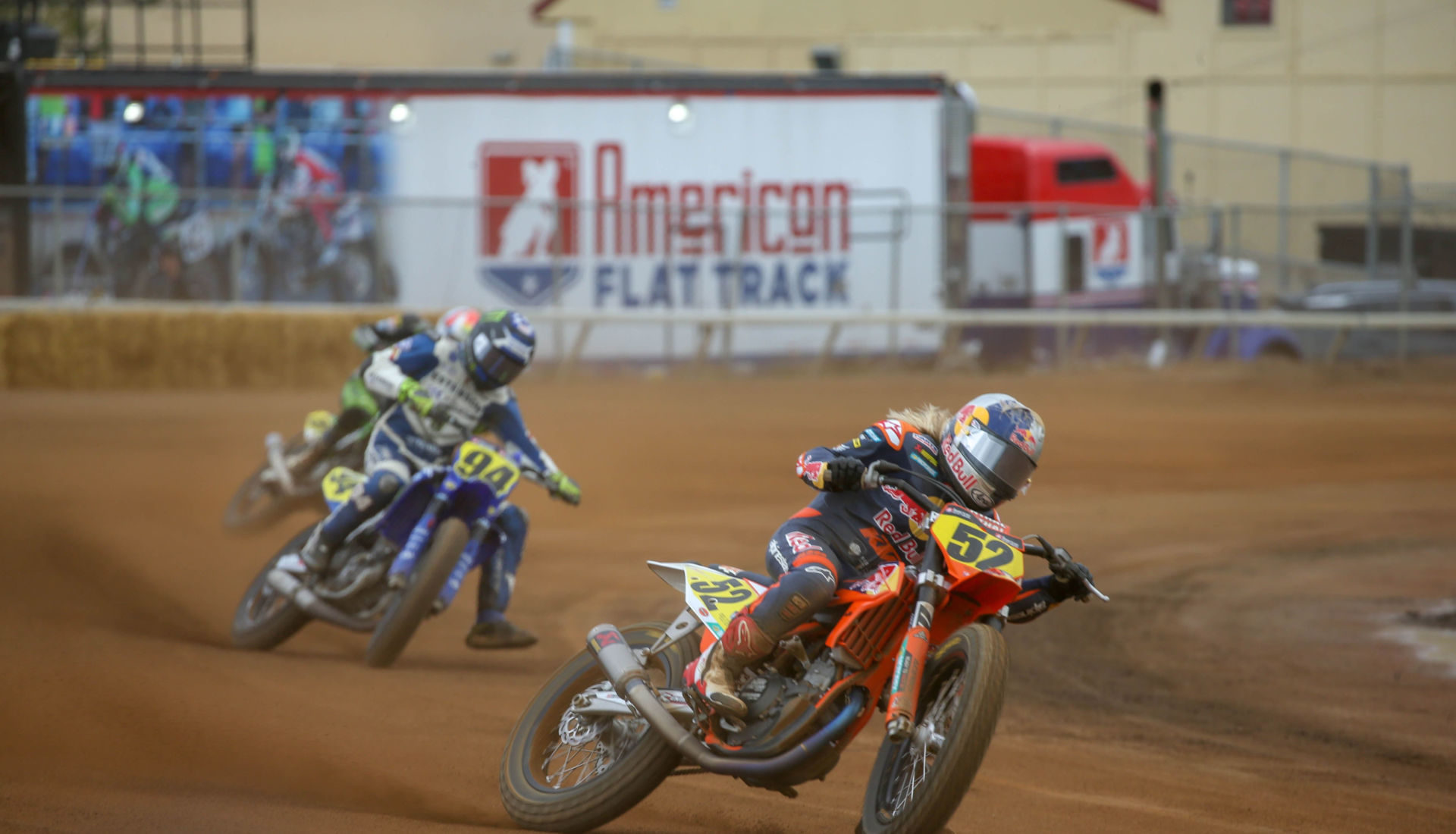 Shayna Texter (52) leading Ryan Wells (94) at the Minnesota Mile. Photo courtesy of Red Bull KTM.
