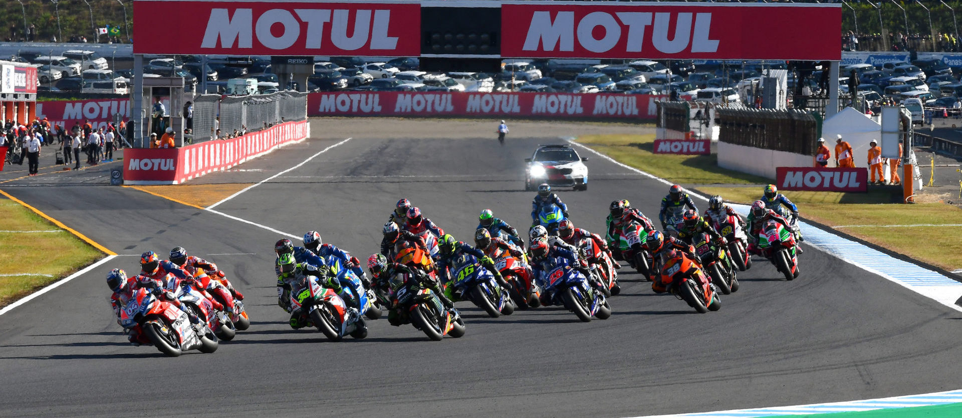 The start of the 2018 Japanese Grand Prix at Twin Ring Motegi. Photo courtesy of Michelin.