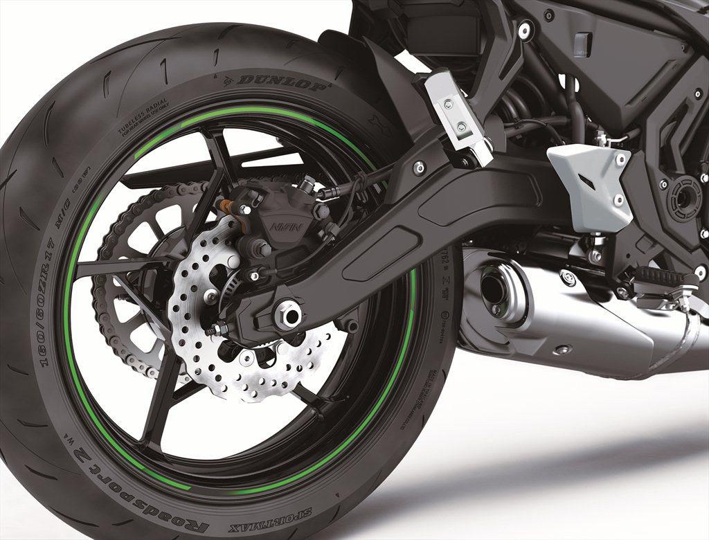 The 2020 Kawasaki Ninja 650 comes wearing new Dunlop Sportmax Roadsmart 2 tires.