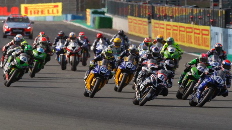 The start of a World Supersport race. Photo courtesy of Dorna WorldSBK Press Office.