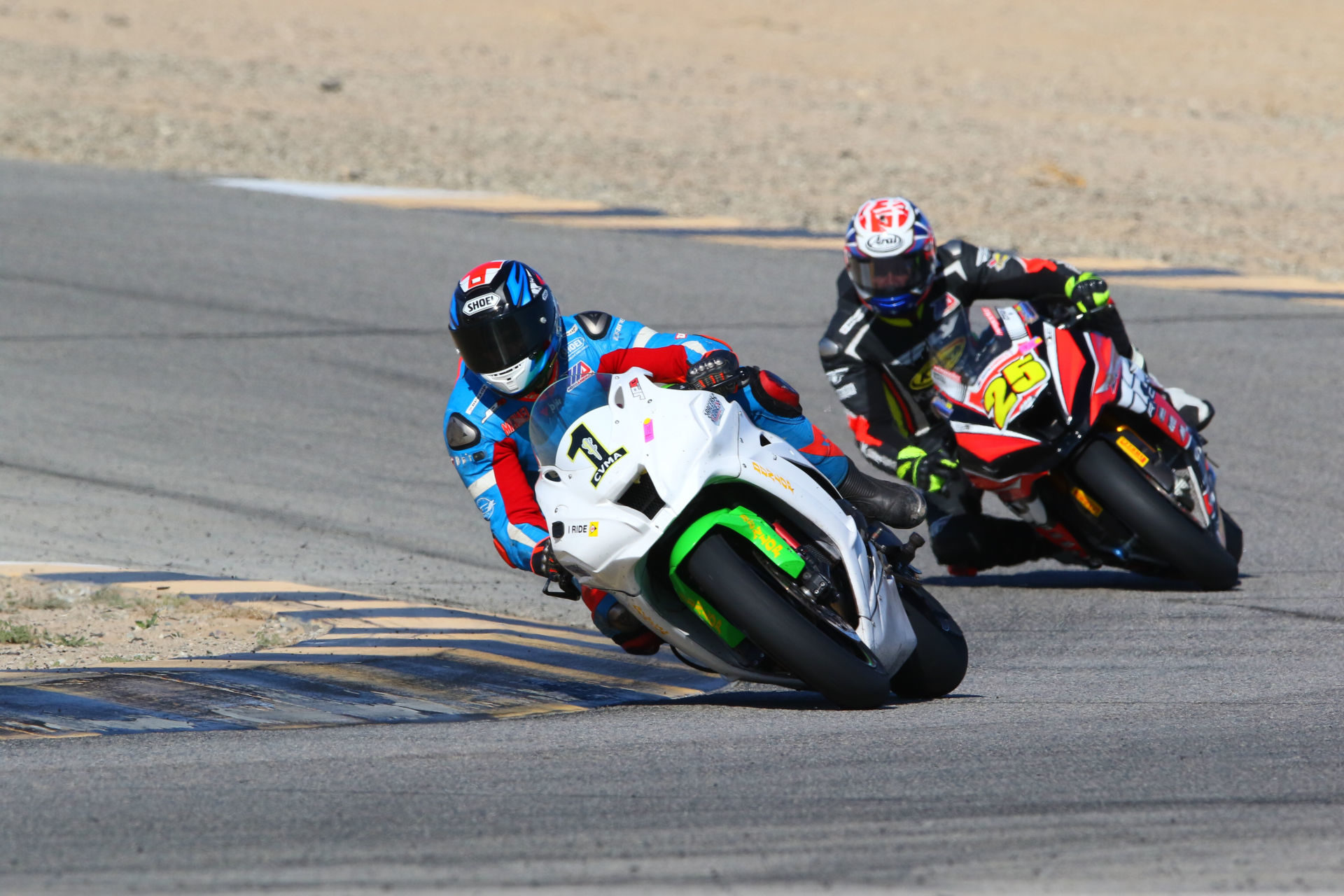 Michael Gilbert (1) leading David Anthony (25) in the CVMA Shootout race. Photo by CaliPhotography.com, courtesy of CVMA.