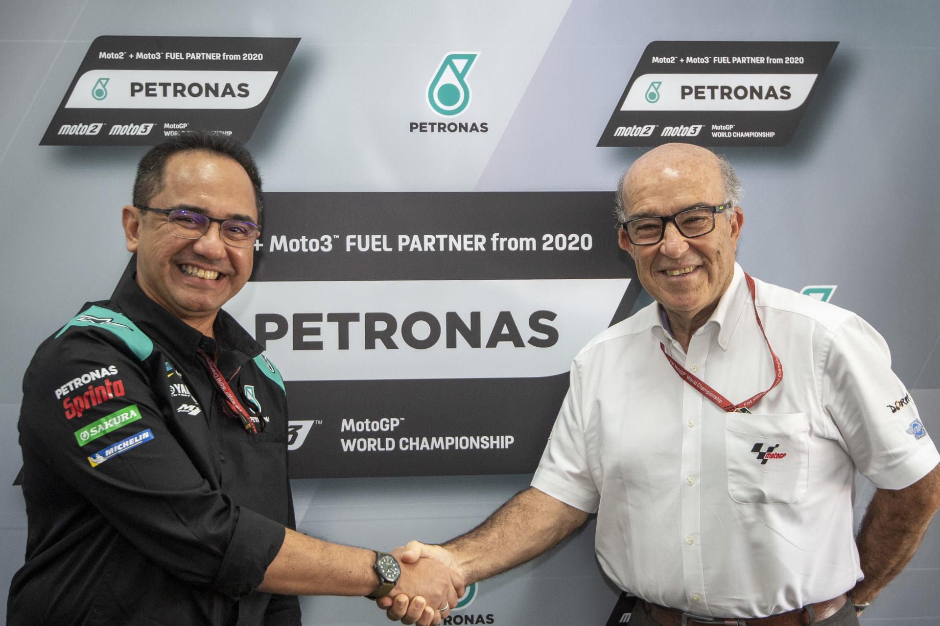 Tan Sri Wan Zulkiflee Wan Ariffin, President & Group CEO, PETRONAS (left) with Dorna CEO Carmelo Ezpeleta (right). Photo courtesy of Dorna.