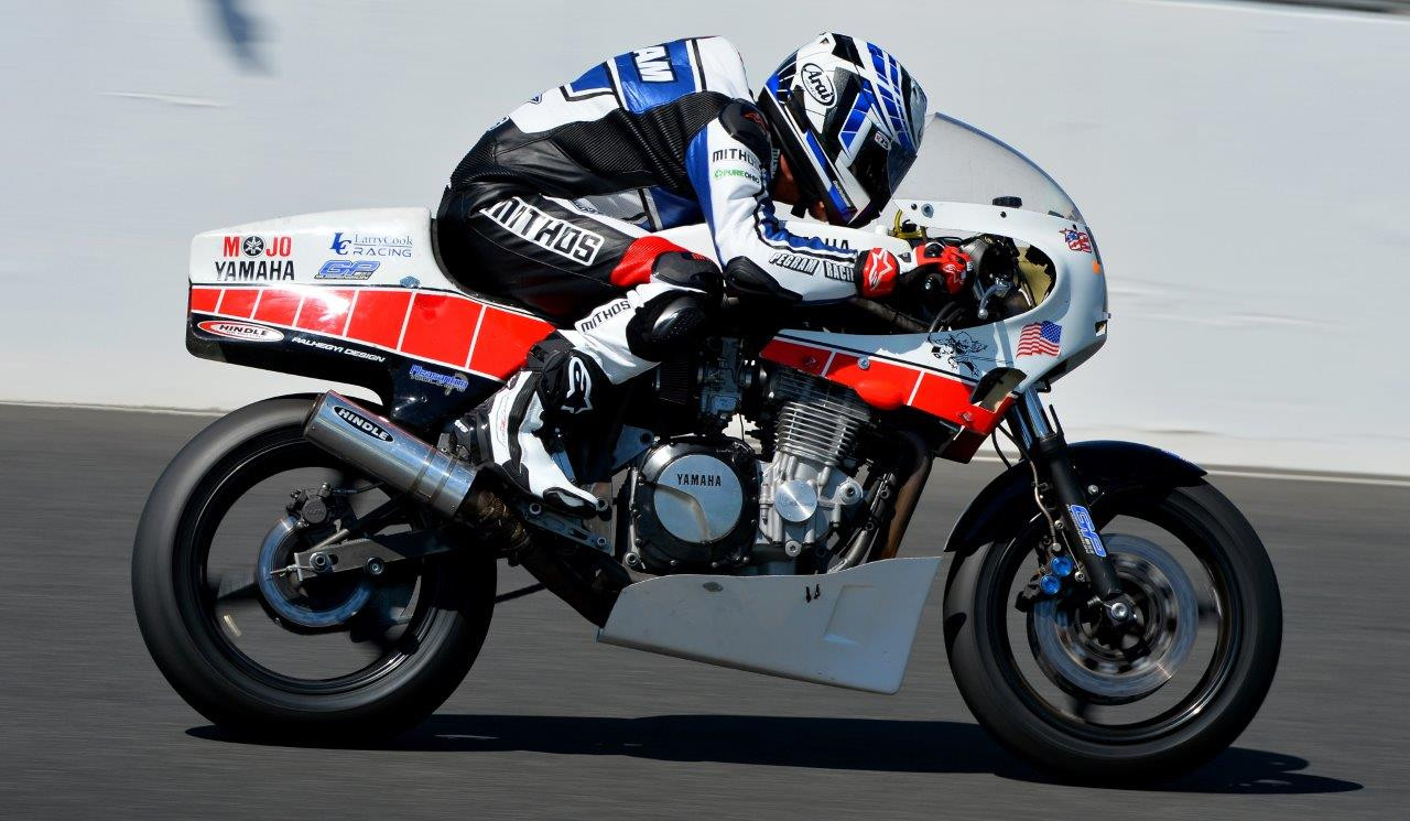 Larry Pegram on his Mojo Yamaha. Photo by Russell Colvin, courtesy of Phillip Island Grand Prix Circuit.