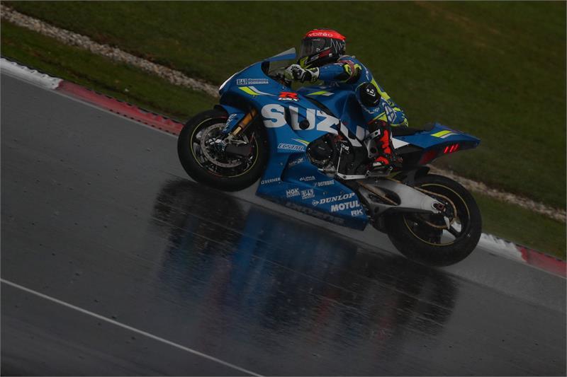 Gregg Black at speed on the Suzuki Endurance Racing Team GSX-R1000. Photo by David Reygondeau/Good-Shoot.com, courtesy of Team Suzuki Press Office.