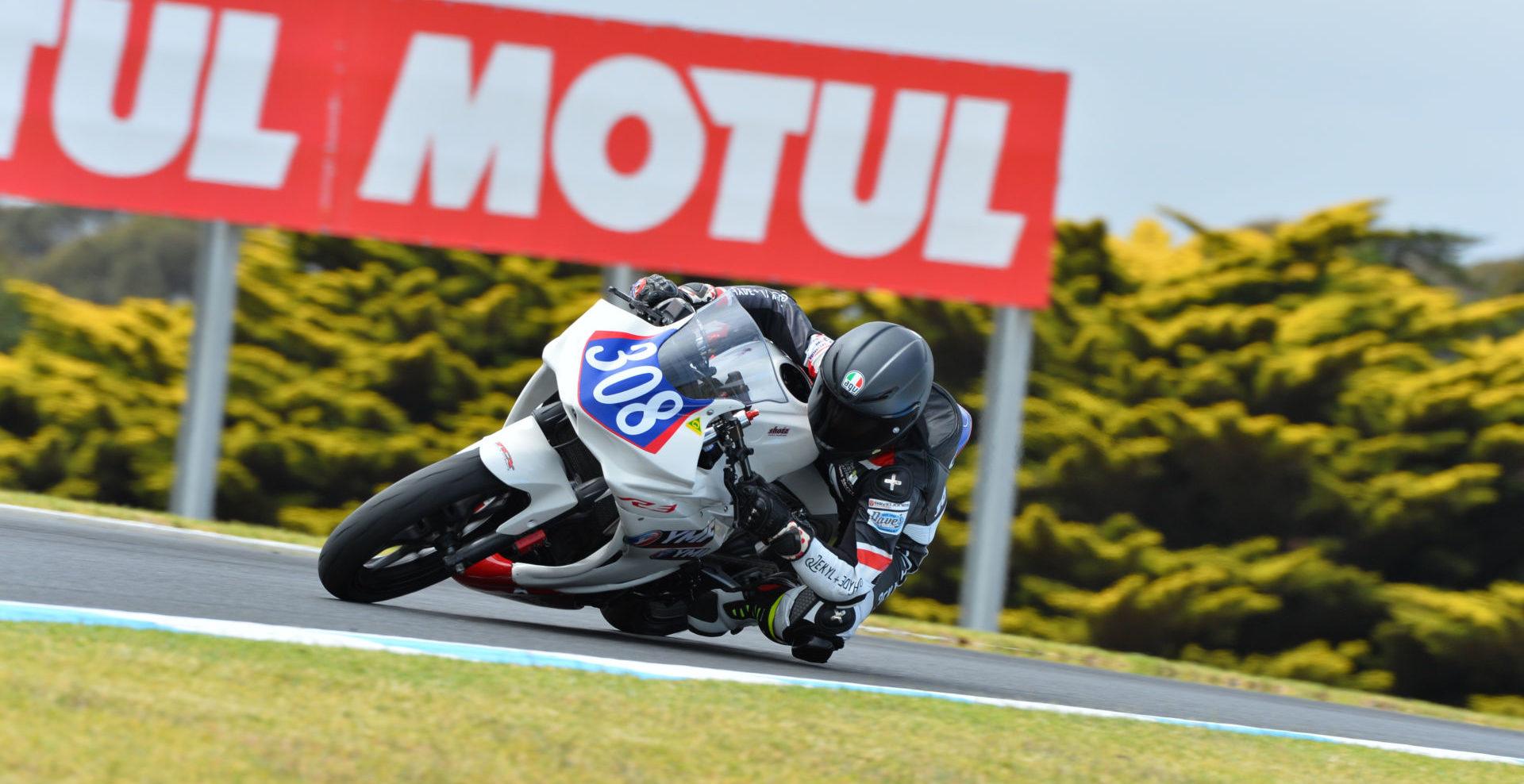 Motul is the presenting sponsor of the 2020 mi-bike Insurance Australian Superbike Championship. Photo courtesy of Motorcycling Australia.
