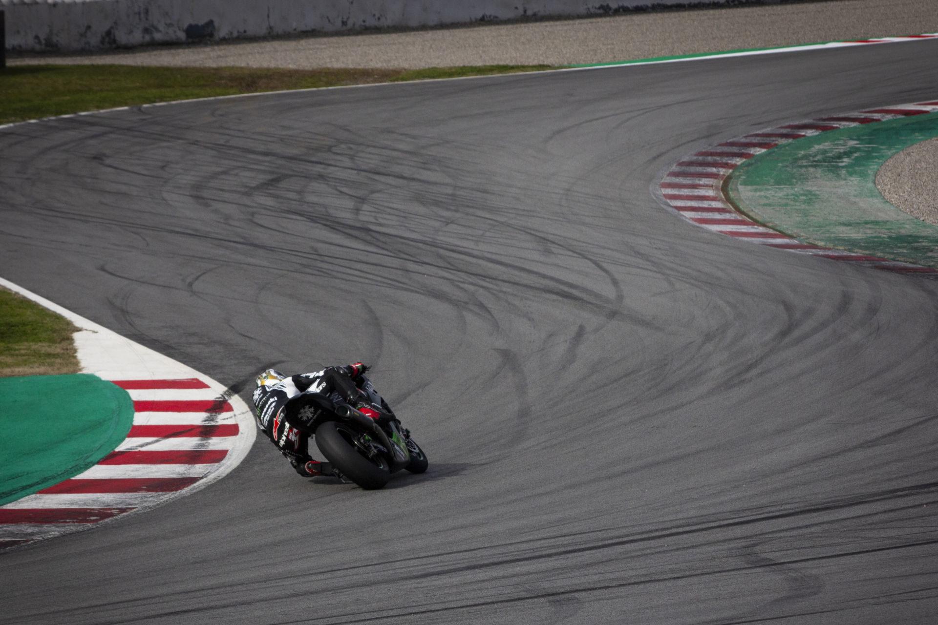 Jonathan Rea testing Monday at Catalunya. Photo courtesy of Kawasaki.