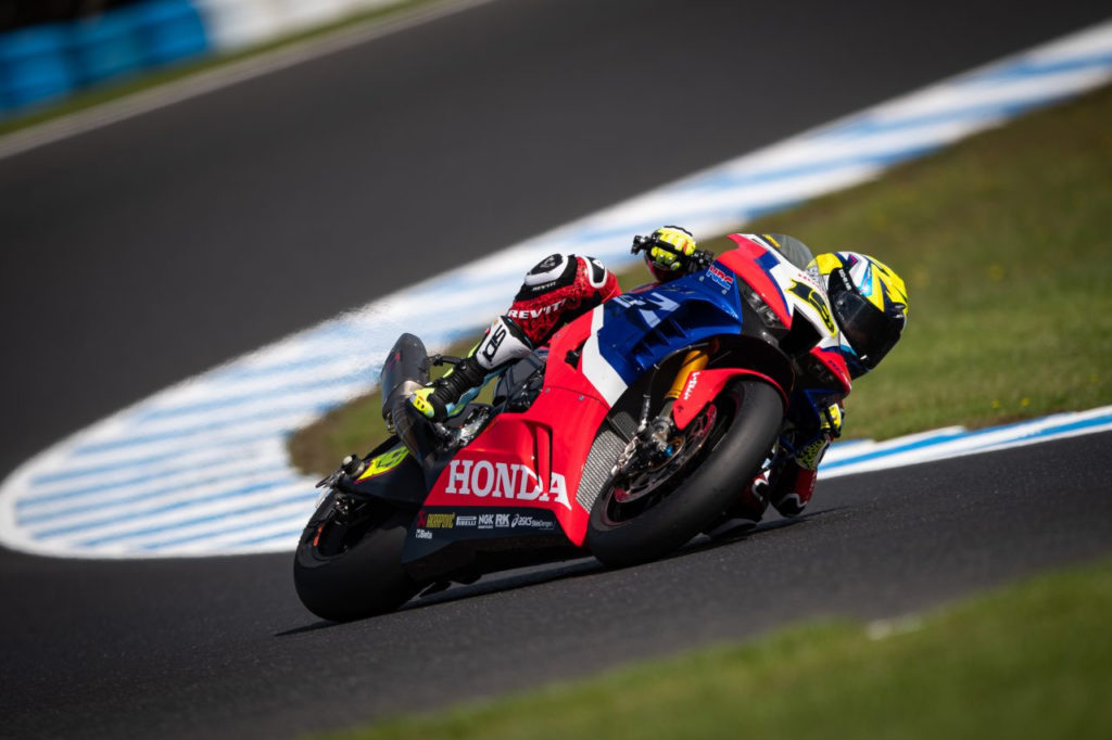 Alvaro Bautista (19). Photo courtesy of Honda Pro Racing.