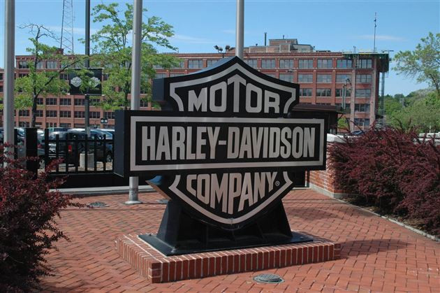 Harley-Davidson Eliminating 700 Positions