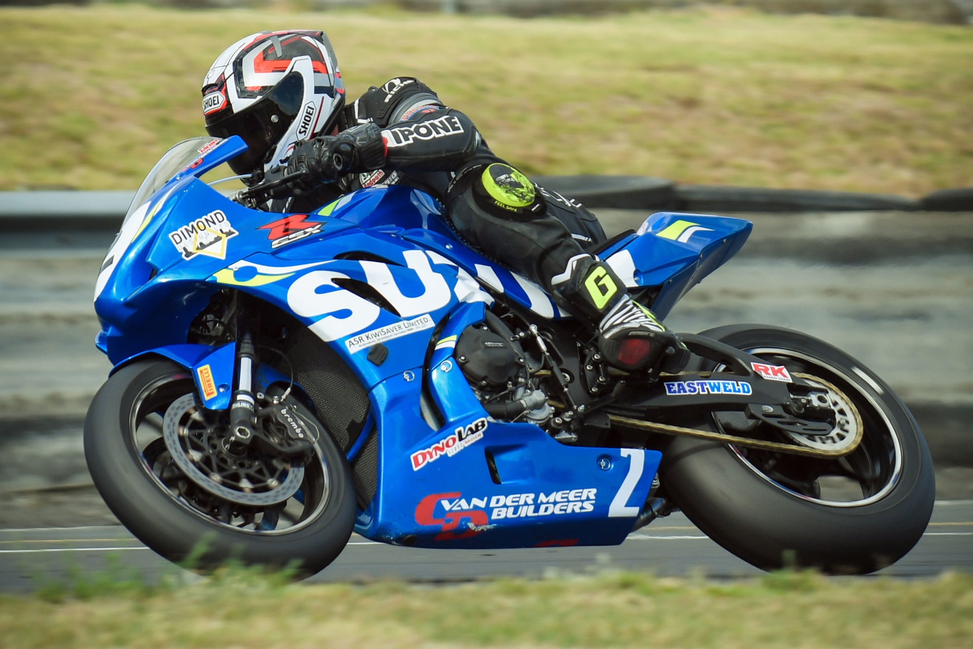 New Zealand Superbike Championship racer Scott Moir. Photo by Andy McGechan, courtesy of Team Suzuki Press Office.