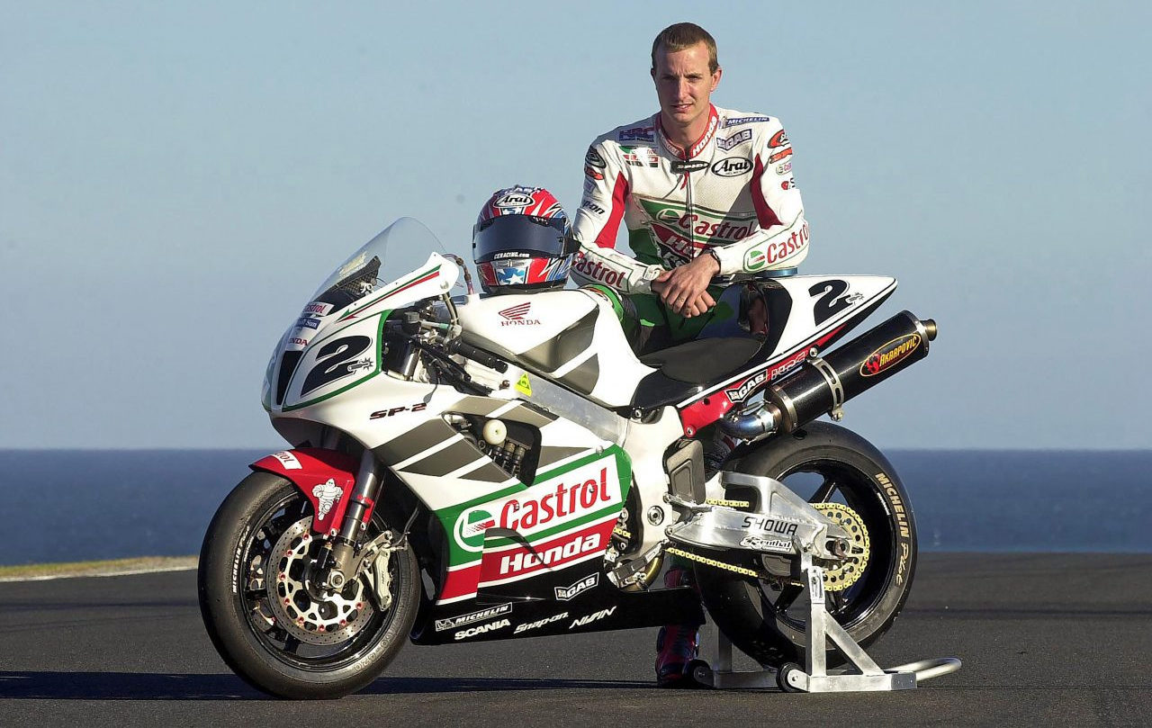 Colin Edwards and his Honda VTR1000SP2, a.k.a. RC51, at the start of the 2002 season. Photo courtesy of Honda Racing Corporation (HRC).