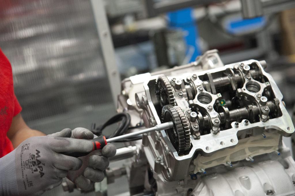 The engine of Ducati Superleggera V4 001 of 500 being assembled. Photo courtesy Ducati.