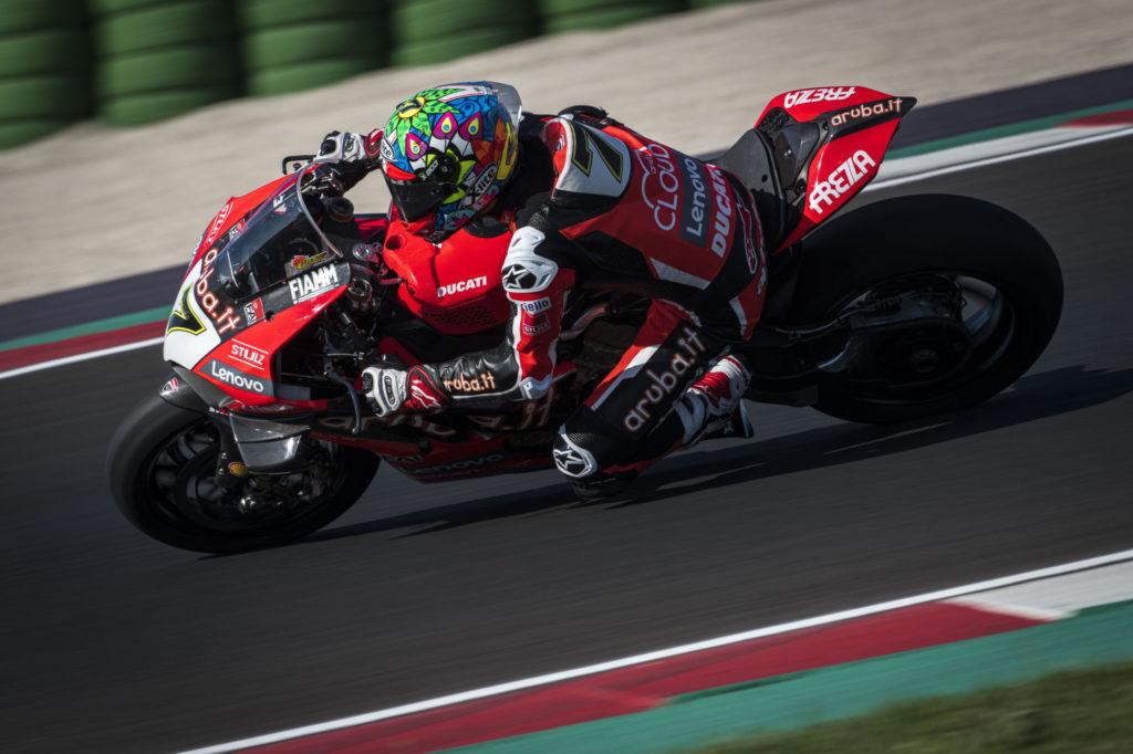 Chaz Davies (7) at speed at Misano. Photo courtesy Ducati.