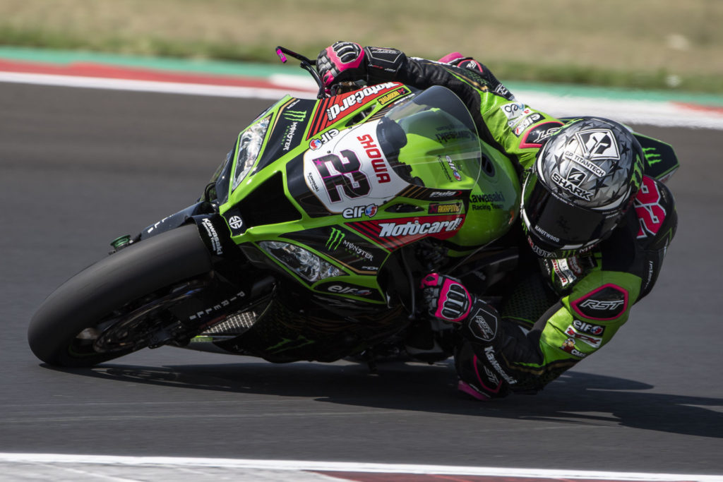 Alex Lowes (22) in action during testing June 24 at Misano World Circuit. Photo courtesy Kawasaki.
