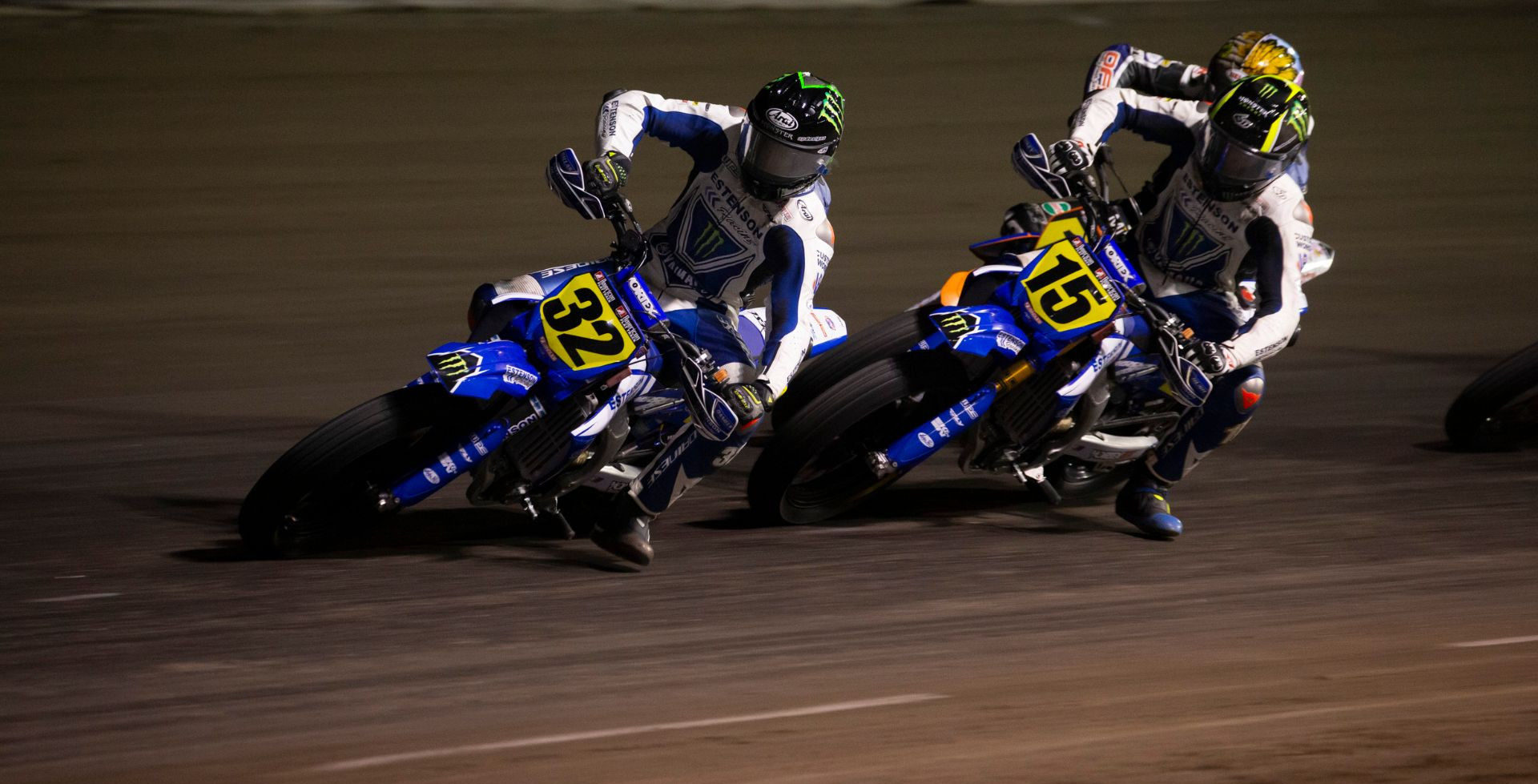 Dallas Daniels (32), Mikey Rush (15), and another rider in action in Florida. Photo courtesy Yamaha.