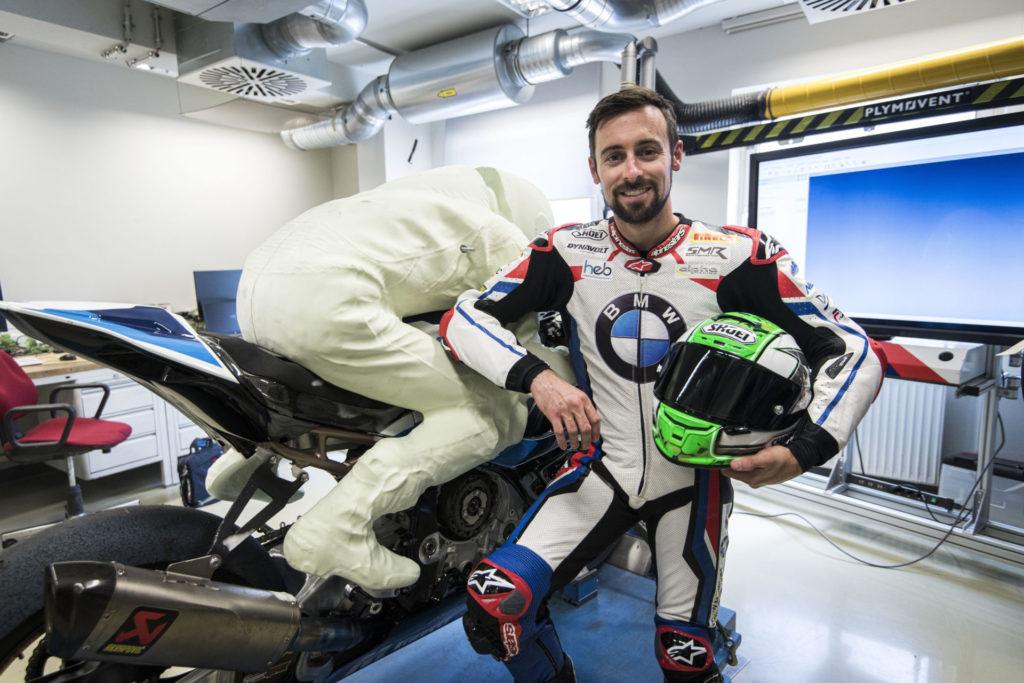 Eugene Laverty with his 3D rider model. Photo courtesy BMW Motorrad Motorsport.
