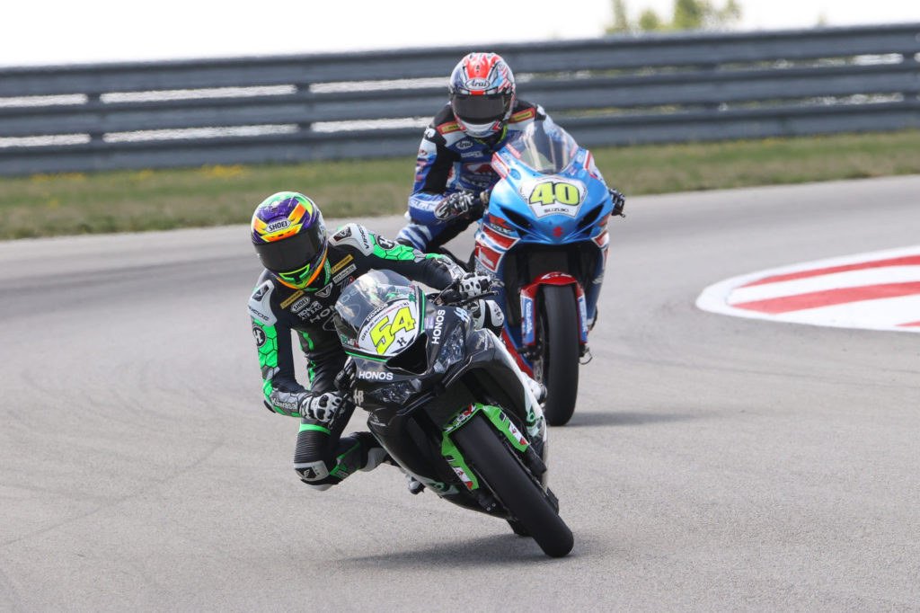 Richie Escalante (54) held off Sean Dylan Kelly (40) in Supersport Race One. Photo by Brian J. Nelson, courtesy MotoAmerica.