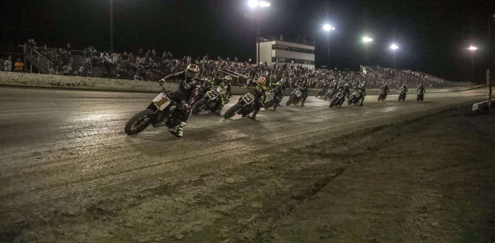 The start of the AFT SuperTwins main event at Dallas Half-Mile II. Photo by Scott Hunter, courtesy AFT.