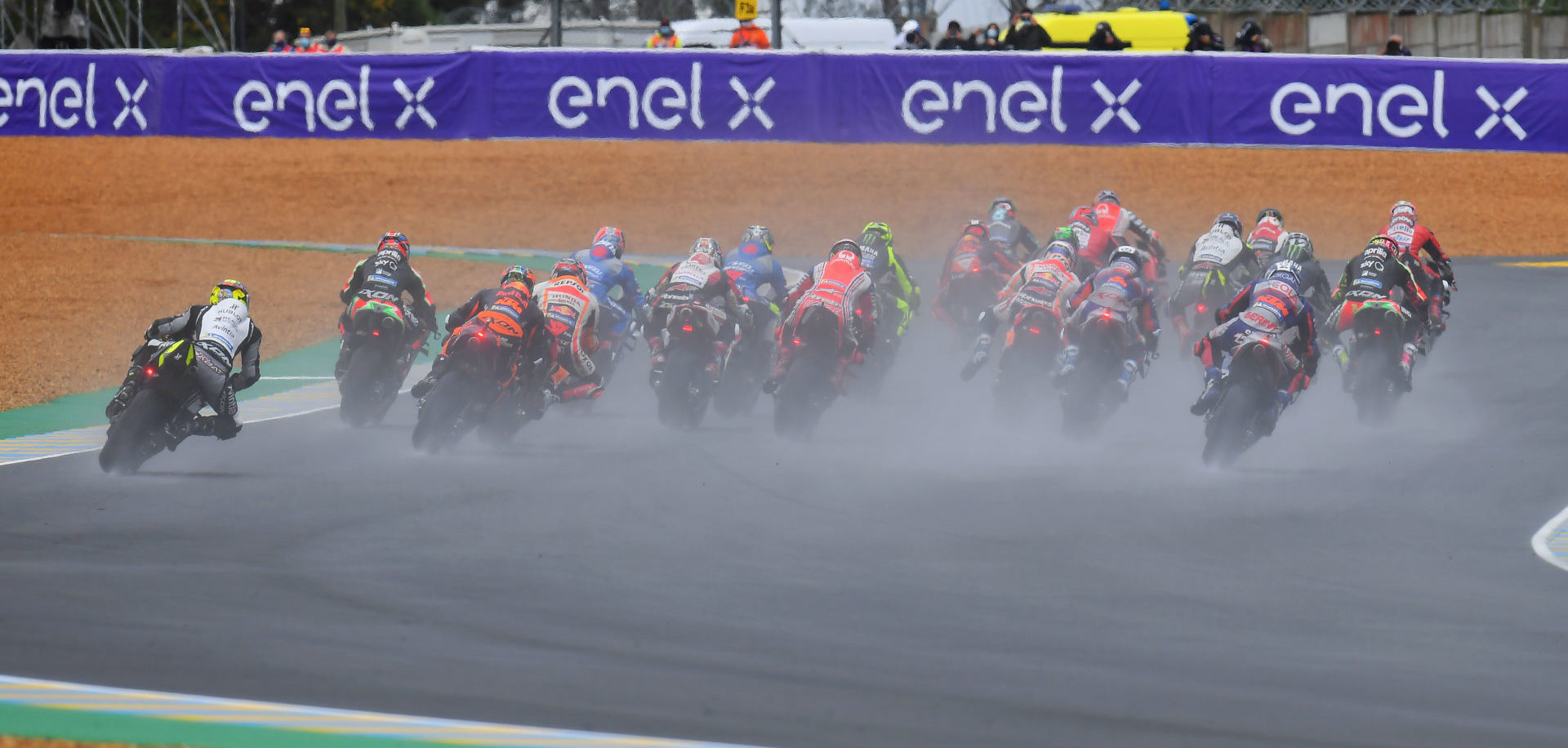 The start of the wet MotoGP race at Le Mans. Photo courtesy Michelin.