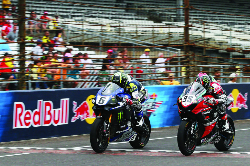 Cameron Beaubier (6) beat Roger Hayden (95) by less than 0.1 second in both MotoAmerica Superbike races at IMS in 2015. Photo by Brian J. Nelson.