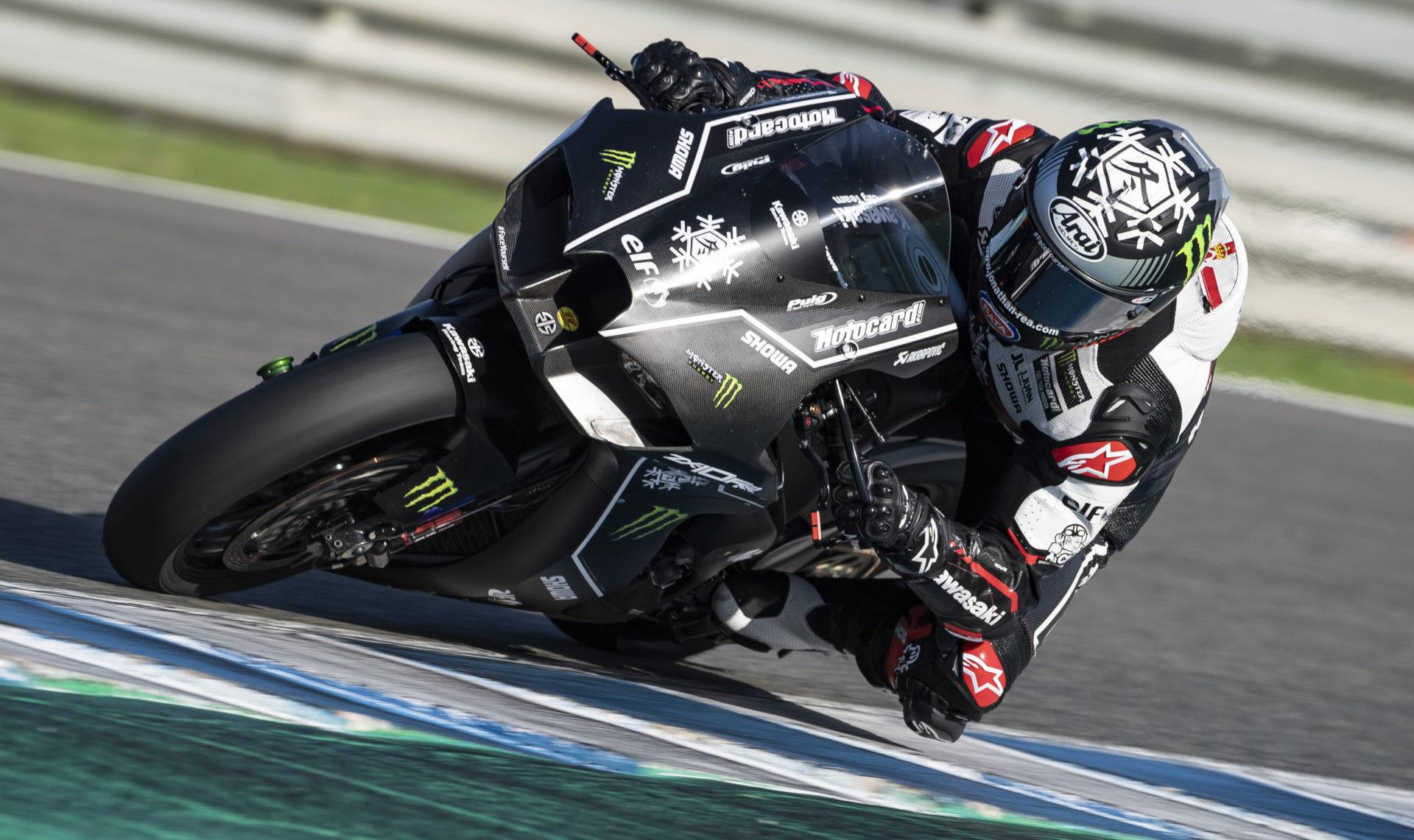 Jonathan Rea at speed on his new Kawasaki Ninja ZX-10RR Wednesday at Jerez. Photo courtesy Kawasaki.
