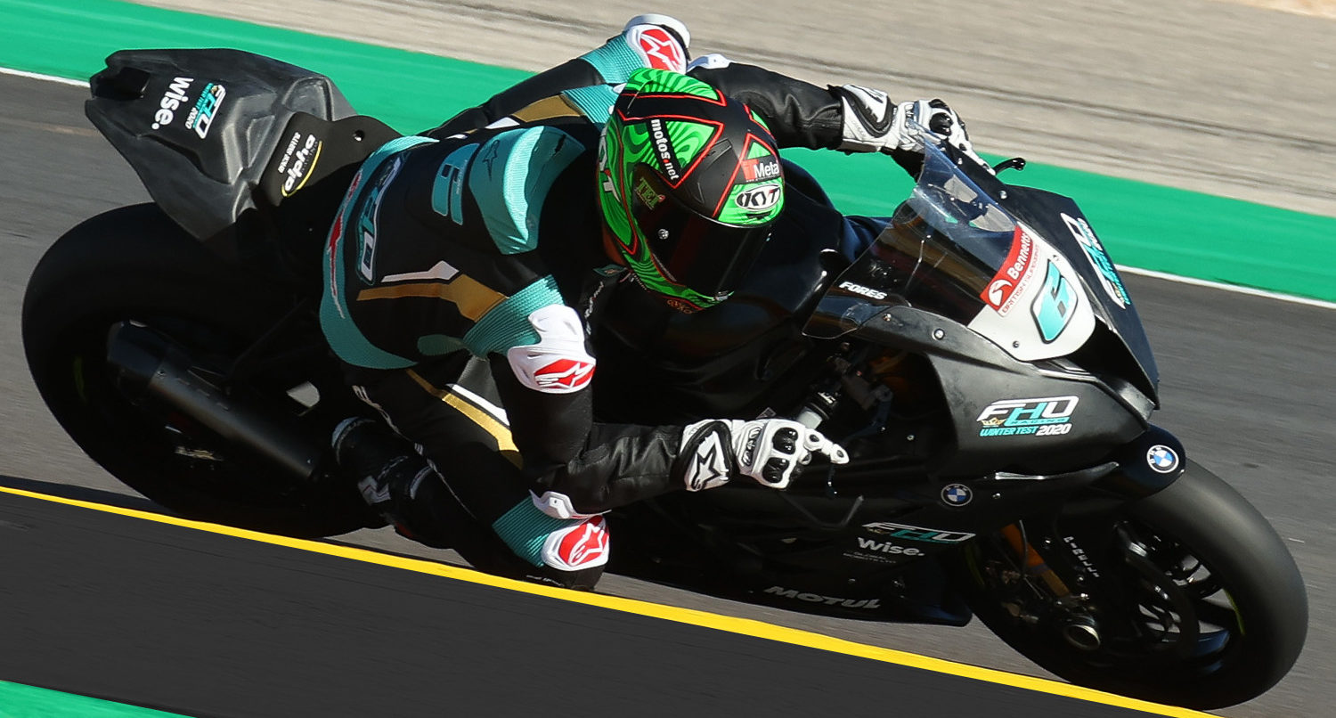Xavi Fores (6) at speed on his FHO Racing BMW S1000RR Superbike at Algarve International Circuit, in Portugal. Photo courtesy FHO Racing BMW.
