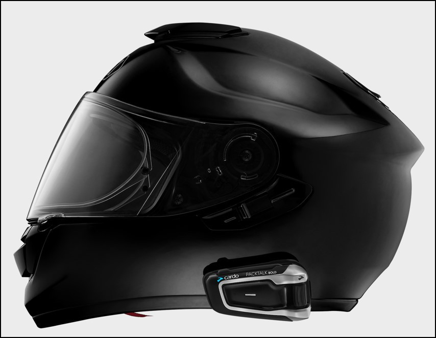 A helmet fitted with a Cardo PACKTALK BOLD system. Photo courtesy Cardo Systems.