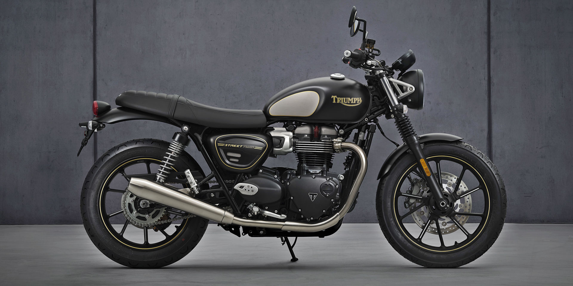 Triumph Introduces More Powerful 2022 Bonneville Lineup