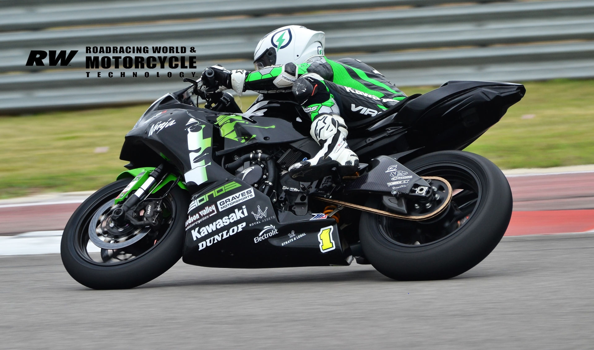 Richie Escalante (1) in action during MotoAmerica Supersport test session two at COTA. Photo by David Swarts.
