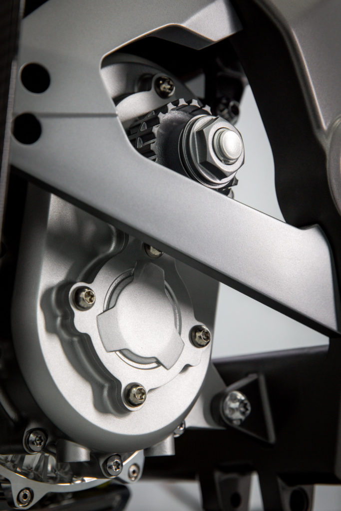 Integral Powertrain Ltd.'s e-Drive electric motor/inverter unit and output shaft from the left side. Photo courtesy Triumph.