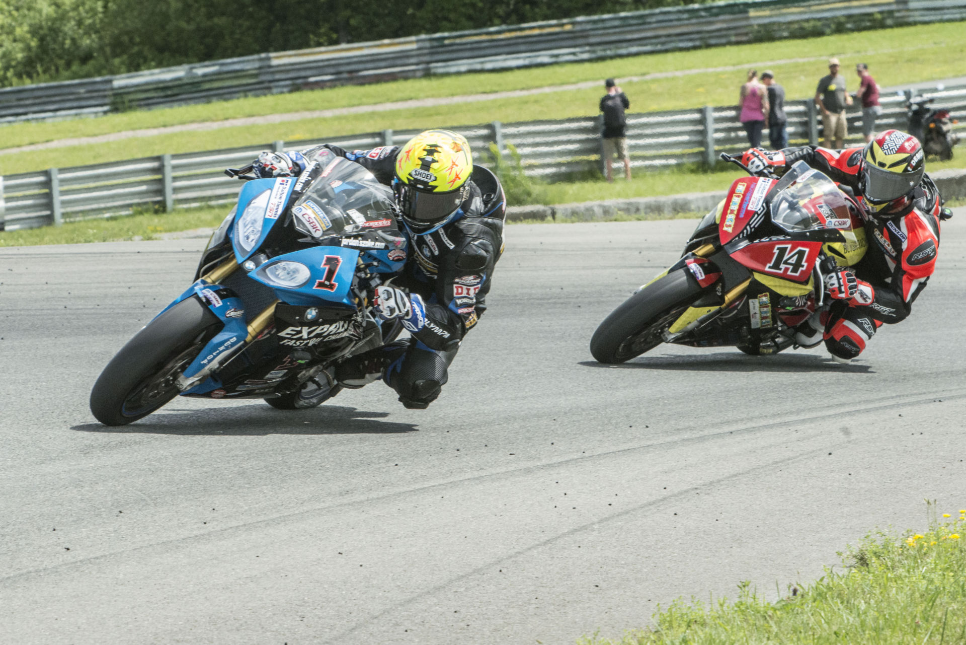 Jordan Szoke (1) leading Samuel Trepanier (14) during a Canadian Superbike race at Atlantic Motorsport Park in 2018. Photo courtesy BMW.