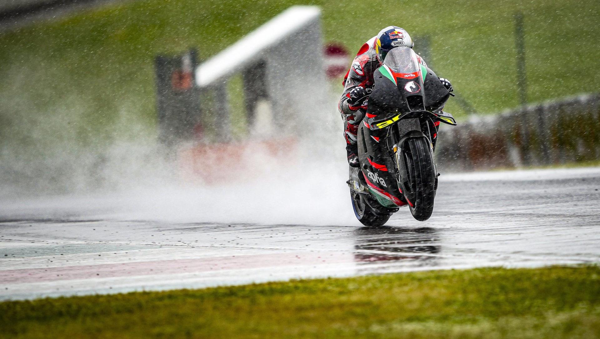 Andrea Dovizioso testing an Aprilia RS-GP MotoGP bike in the wet at Mugello. Photo courtesy Aprilia.