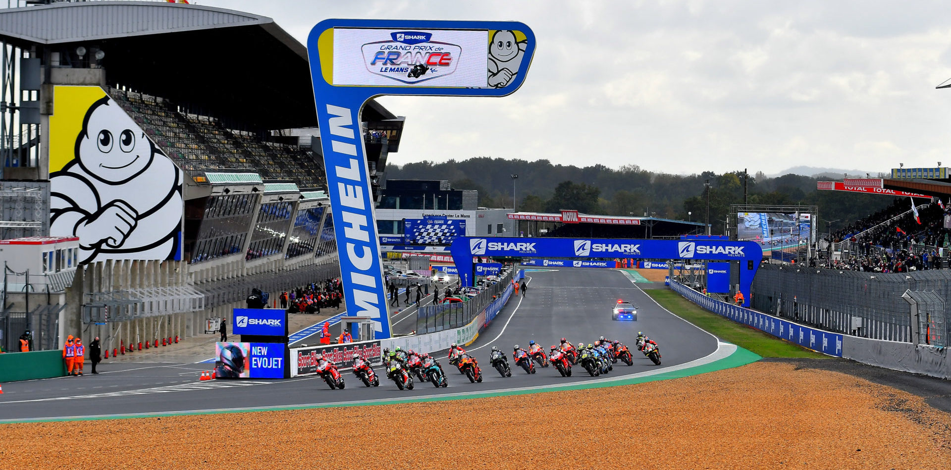 The start of the MotoGP race at Le Mans in 2020. Photo courtesy Michelin.