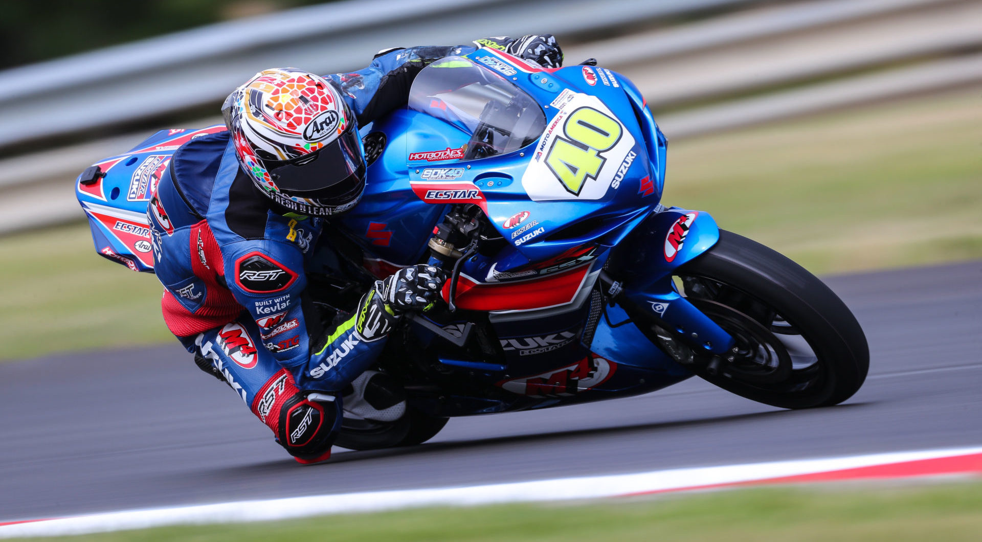 Sean Dylan Kelly (40) set a new MotoAmerica Supersport lap record at Ridge Motorsports Park. Photo by Brian J. Nelson.