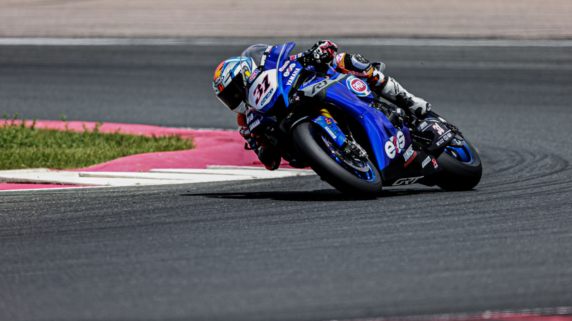Garrett Gerloff (31) in action at Circuito de Navarra. Photo courtesy Dorna WorldSBK Press Office.