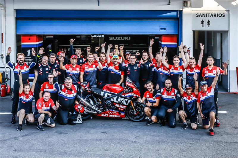 The Yoshimura SERT Motul Suzuki team at Estoril. Photo courtesy Suzuki.