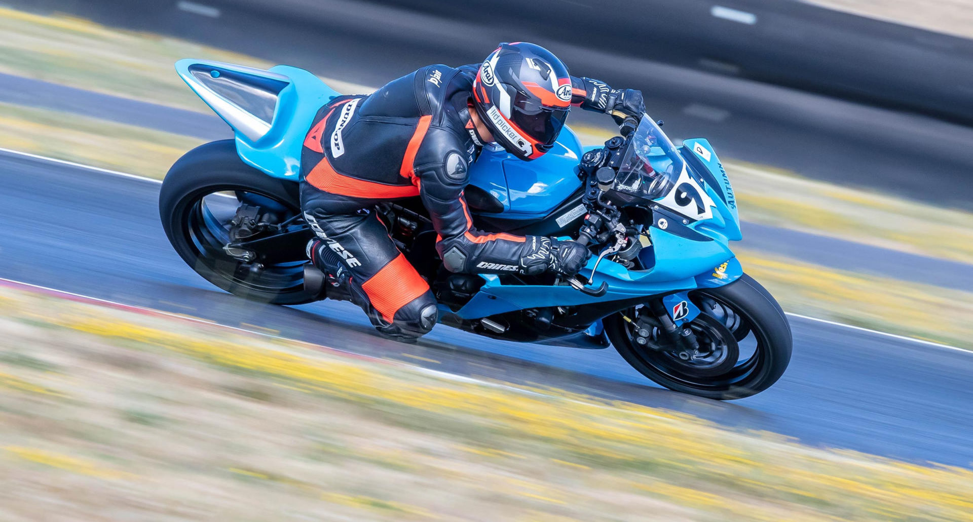 Alex Taylor (91) at speed at Portland International Raceway. Photo by Minh-Tri Le/NW Focal Point Photography, courtesy OMRRA.