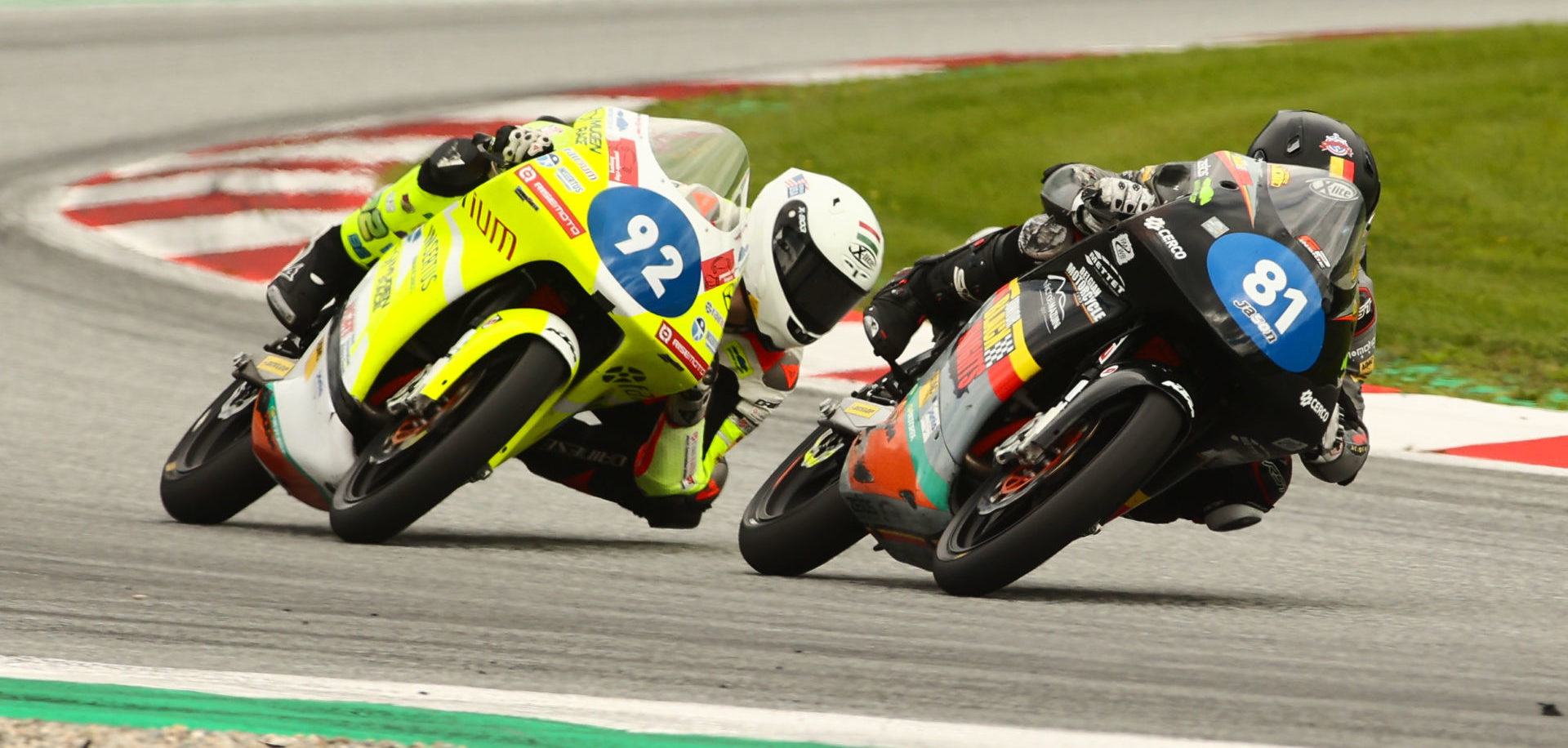 Belgian Lorenz Luciano (81) and Hungarian-American Rossi Moor (92) battled to the checkered flag in Race Two. Photo courtesy Dorna.