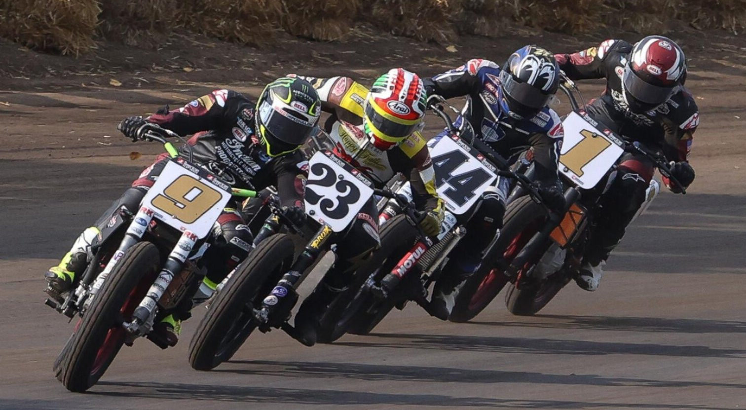 Jared Mees (9) leads Jeffrey Carver, Jr. (23), Brandon Robinson (44), and Briar Bauman (1) at the Springfield Mile in 2020. Photo by Brian J. Nelson, courtesy AFT.