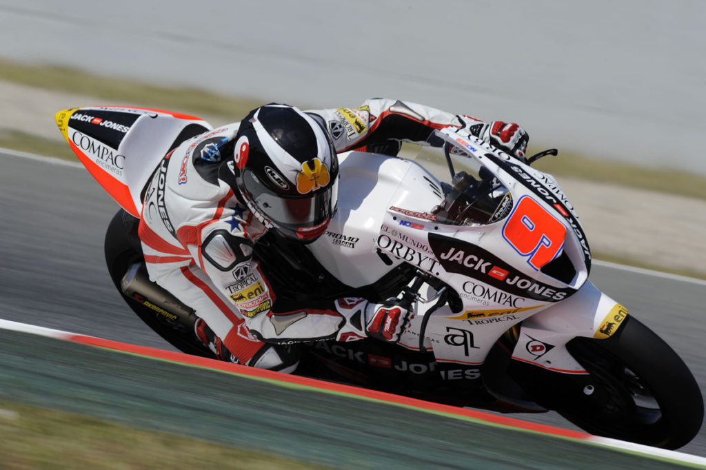 Kenny Noyes (9) during the 2010 Moto2 World Championship. Photo courtesy Kenny Noyes.