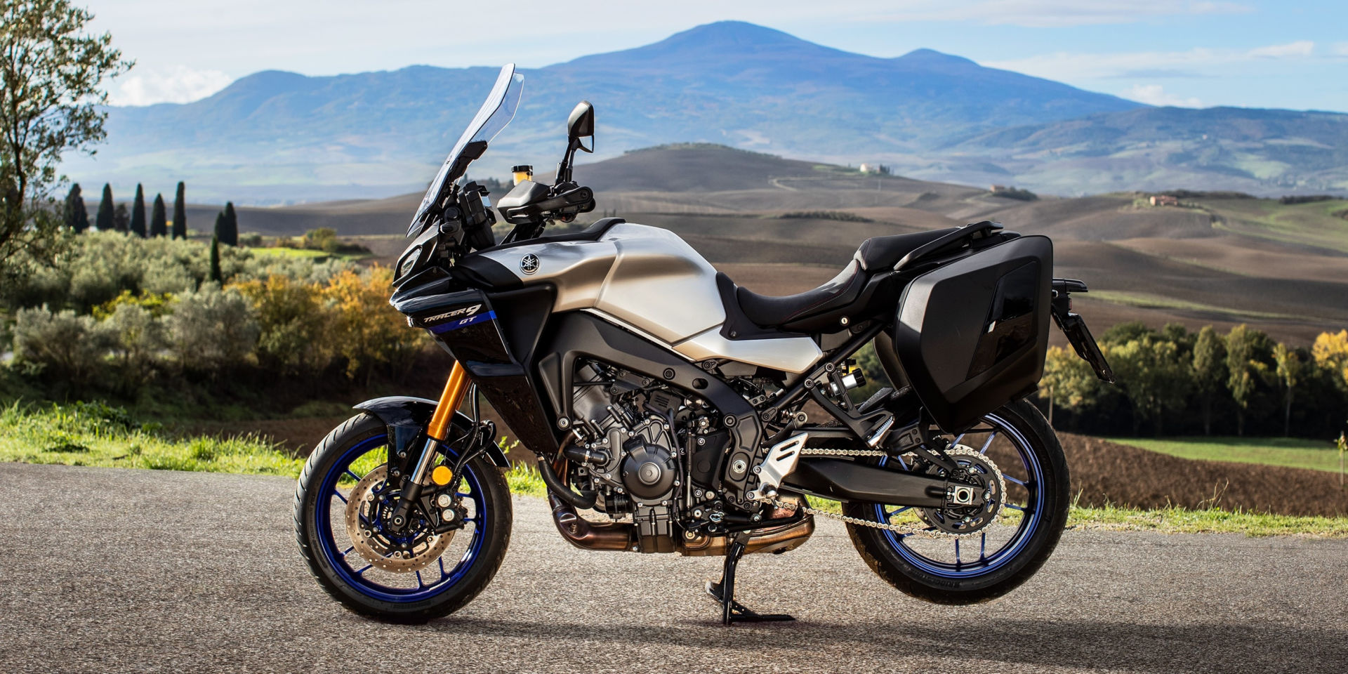 New frame, new bodywork, new engine, and electronic suspension. The 2021 Yamaha Tracer 9 GT is the sport-tourer it always was, just more advanced and more capable. Photo courtesy Yamaha.