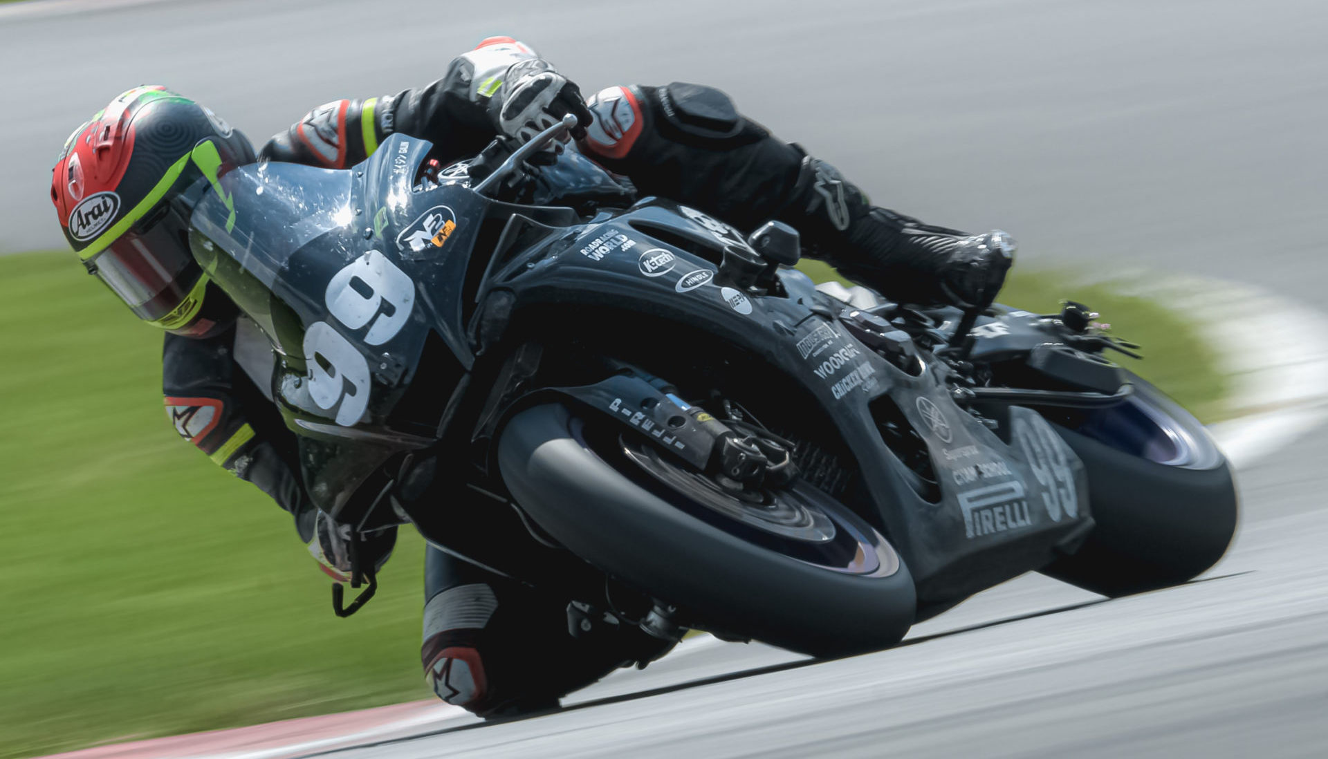 Chris Peris (99) at speed on Army of Darkness' Pirelli-shod Yamaha YZF-R1. Photo courtesy Army of Darkness.