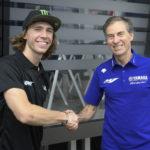 Darryn Binder (left) and Lin Jarvis, Managing Director, Yamaha Motor Racing (right). Photo courtesy Yamaha.