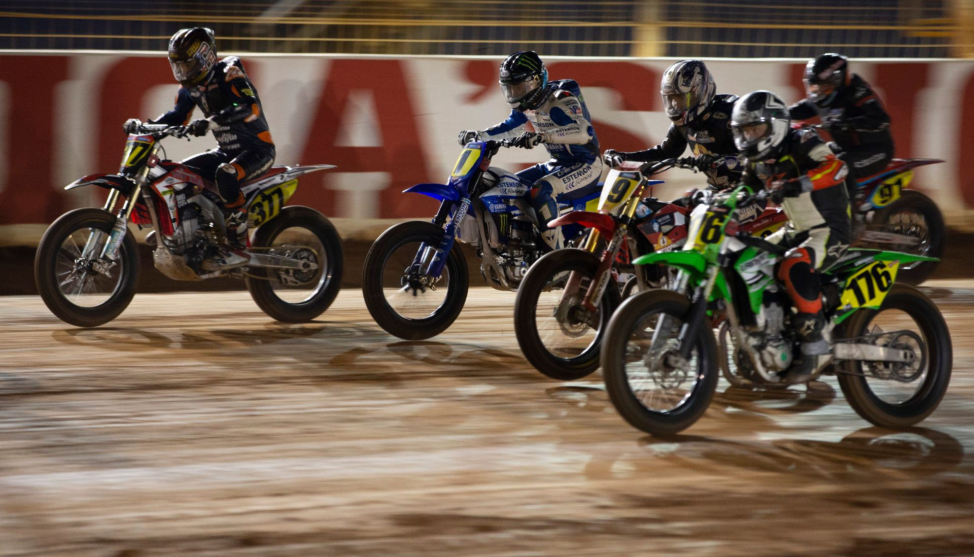 The start of the AFT Singles Main Event at the Charlotte Half-Mile with Dallas Daniels (1) looking for a safe place to be to clinch his second straight title. Photo courtesy Yamaha.