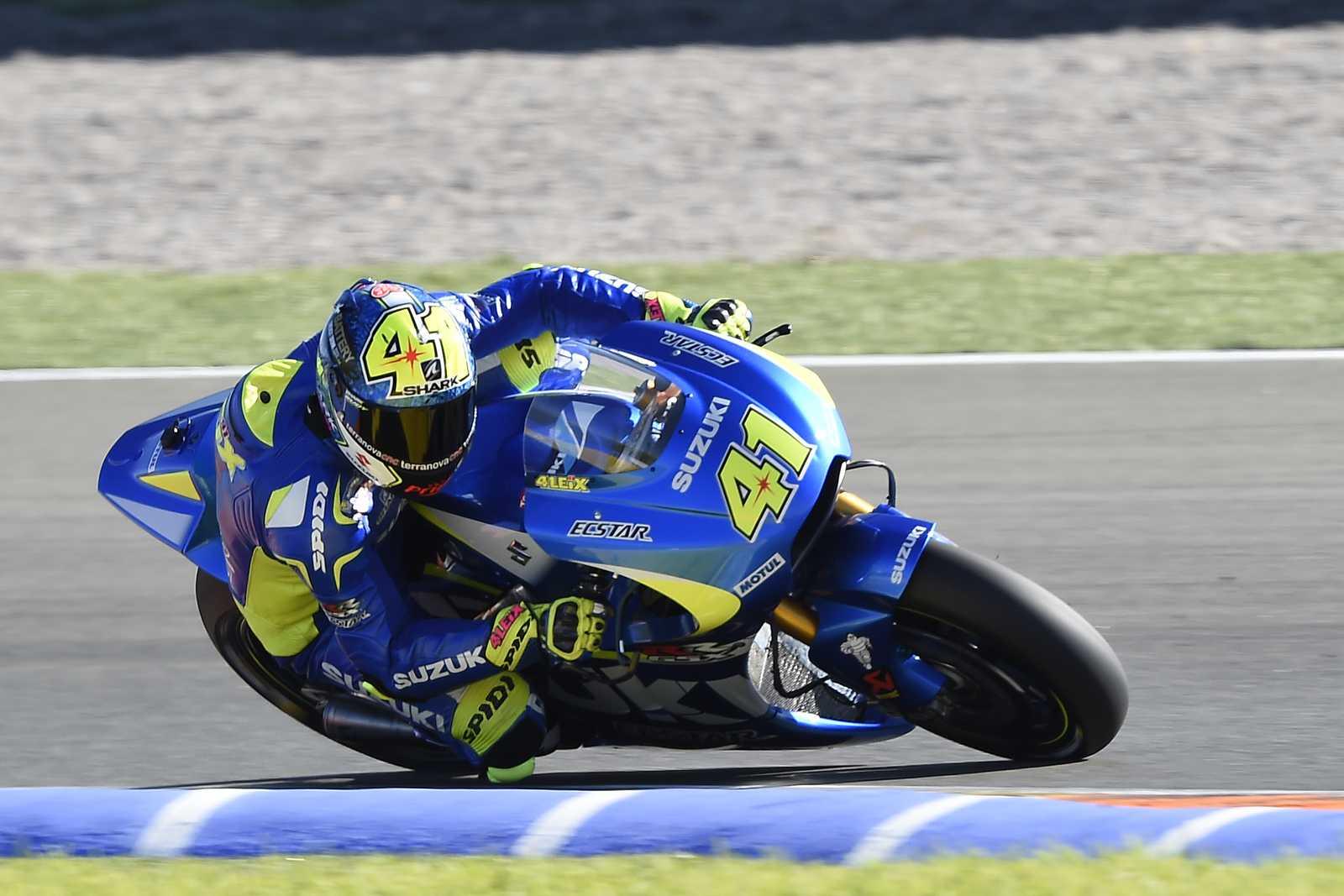 Aleix Espargaro of Spain and Team Suzuki MotoGP rounds the bend News Photo - Getty Images