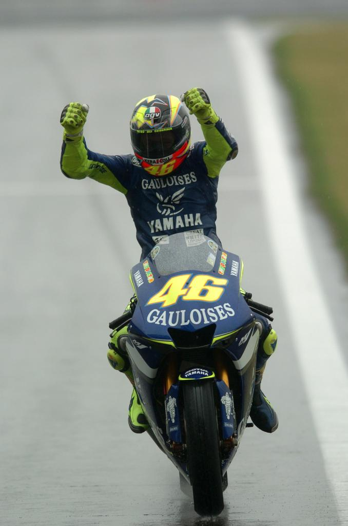 Rossi Wins Wet And Wild Chinese Grand Prix Roadracing World Magazine Motorcycle Riding Racing Tech News