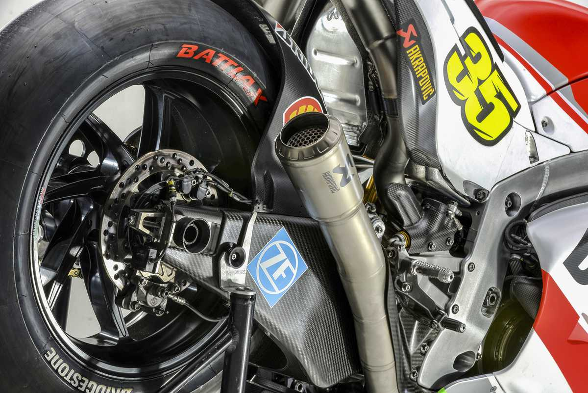 Akrapovic Sponsoring Ducati Corse Motogp Team Roadracing World Magazine Motorcycle Riding Racing Tech News