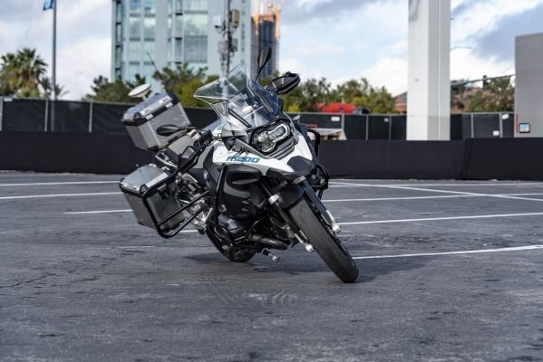 BMW Motorcycles Las Vegas >> Bmw Using Self Riding R 1200 Gs To Demonstrate Its Expertise