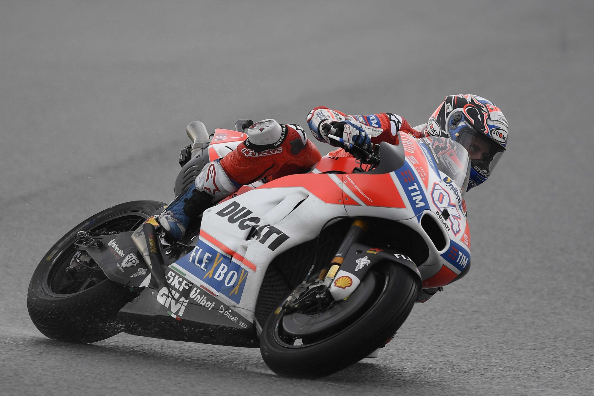 Motogp Andrea Dovizioso Fastest In The Dry And The Wet Friday At Sepang Updated Roadracing World Magazine Motorcycle Riding Racing Tech News