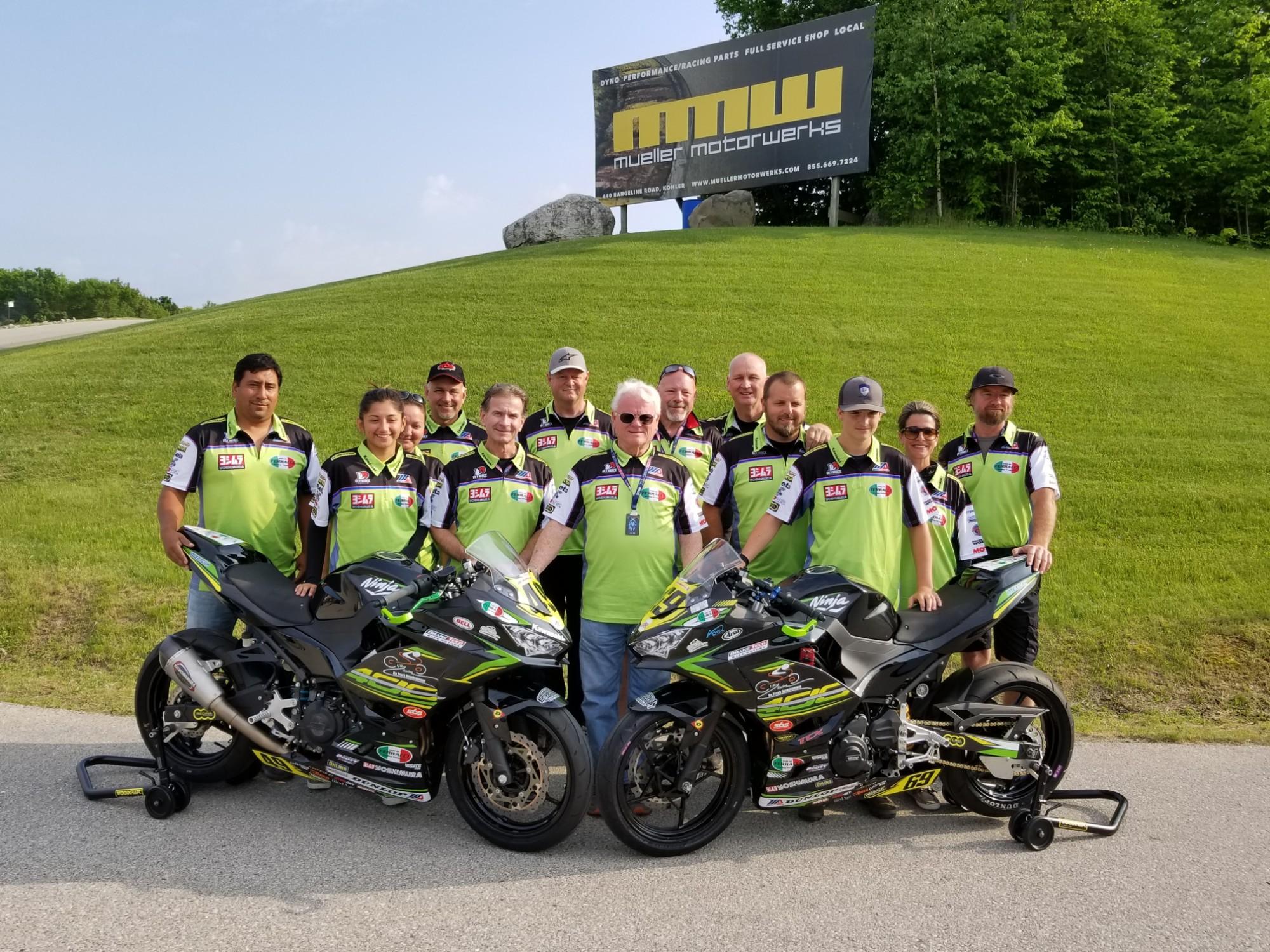 Suzuki Amateur Race Team Photos